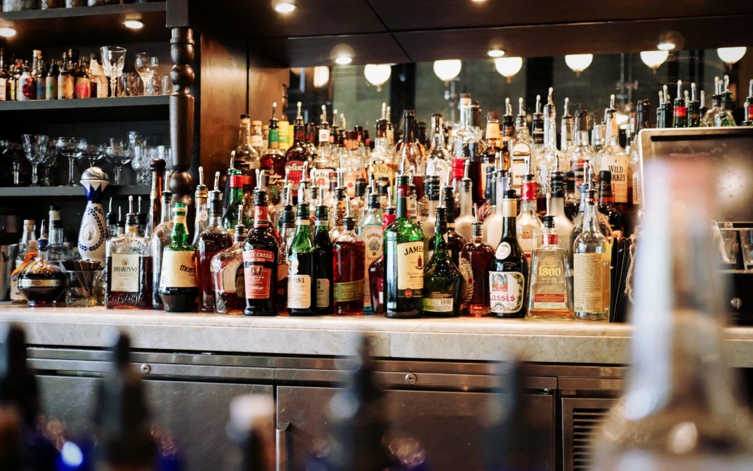 Orlando asks lawmakers to ease rules on liquor licensing